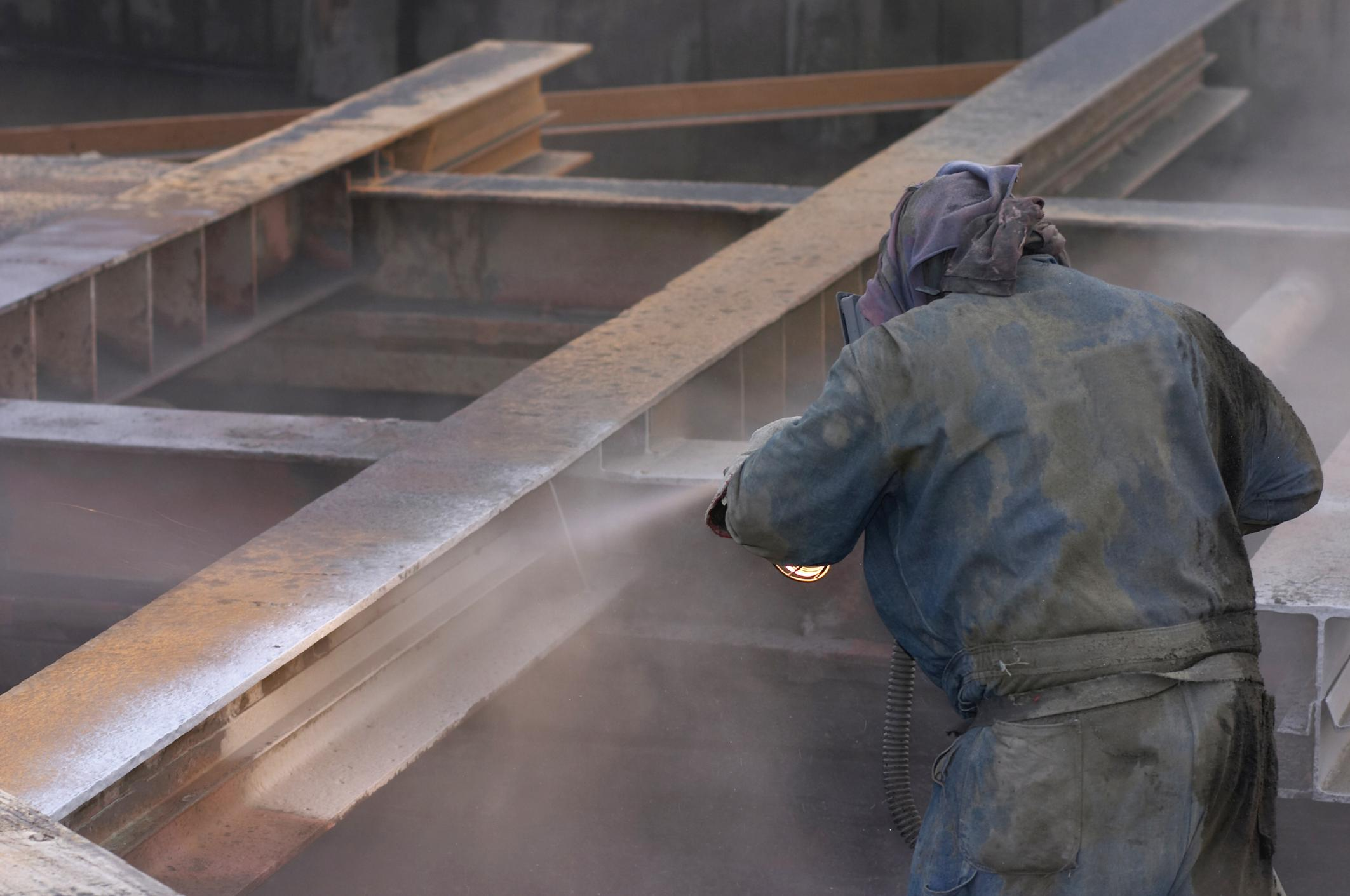 Sandblasting Team at work